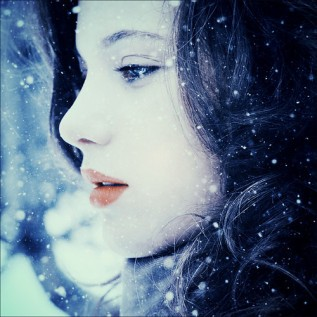 Winder,face,pose,snow,girl,photography-327e5f4eff166873dbd89ea6a473c3d8_h_large